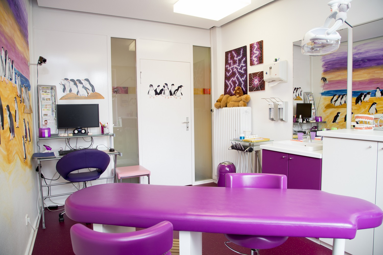 unsere praxis magic dental. Black Bedroom Furniture Sets. Home Design Ideas